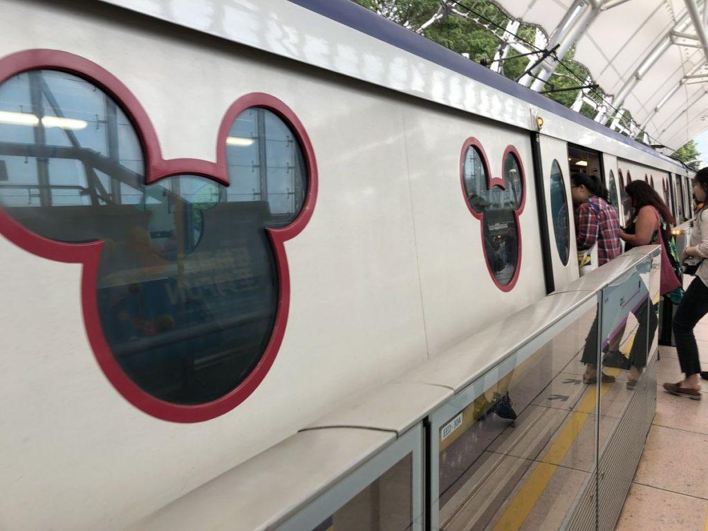 香港ディズニーランドへ